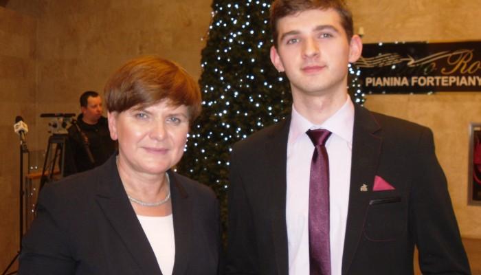 Grzegorz Nieradka i Beata Szydło1